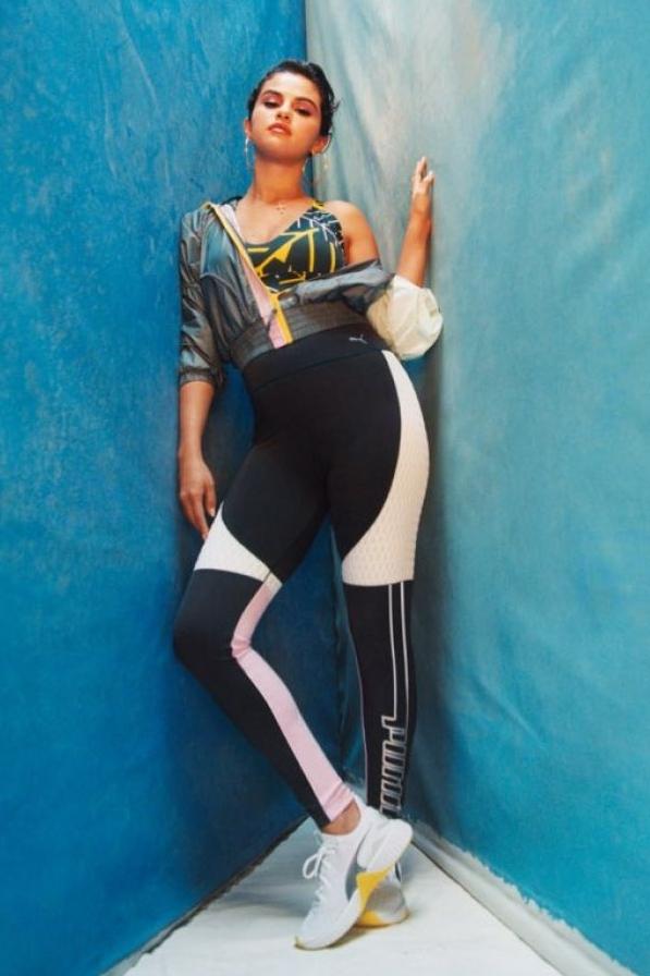 pants selena gomez celebrity sportswear sports bra leggings editorial