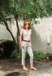 themiddlepage,blogger,t-shirt,pants,belt,shoes,bag,jewels,gucci belt