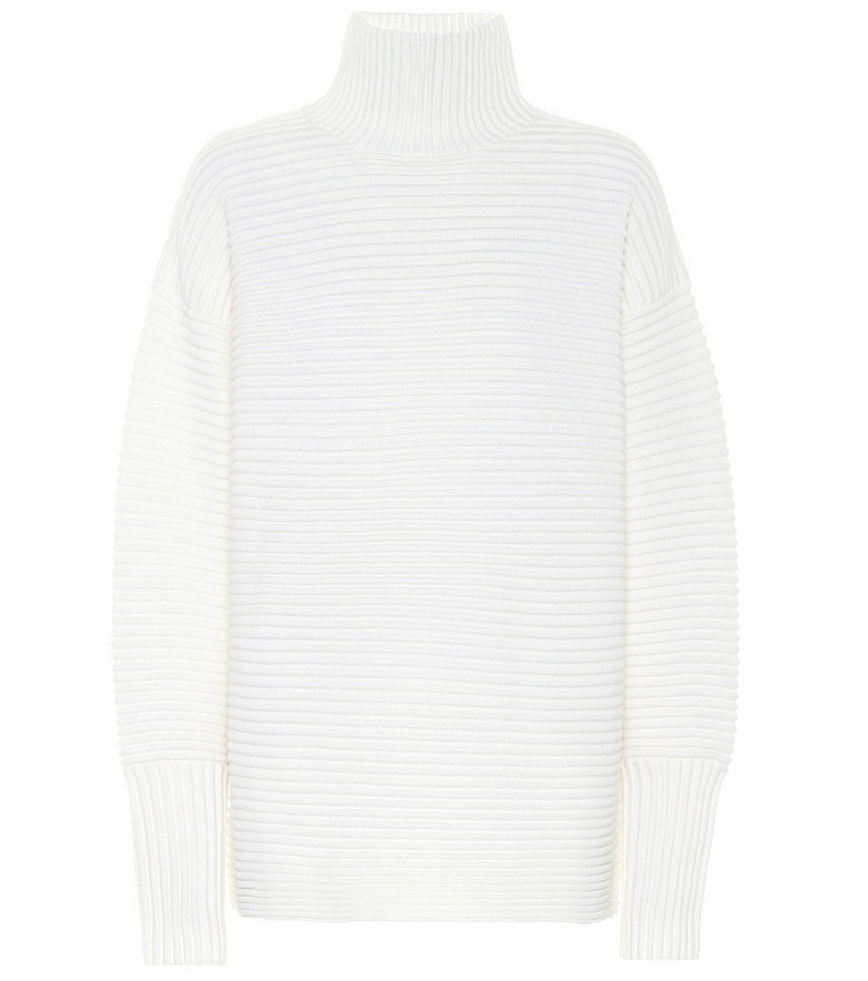 Victoria Victoria Beckham Oversized wool turtleneck sweater in white