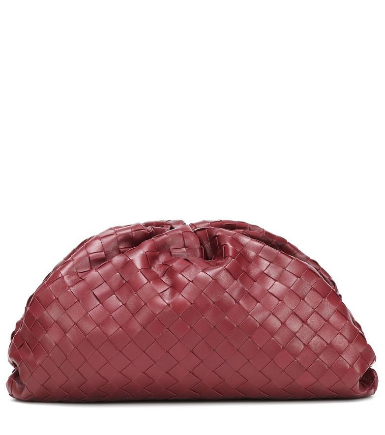 Bottega Veneta The Pouch intrecciato leather clutch in red