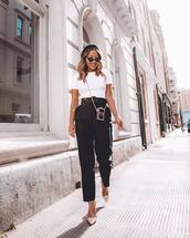 pants,high waisted pants,black pants,pleated,ankle boots,white t-shirt