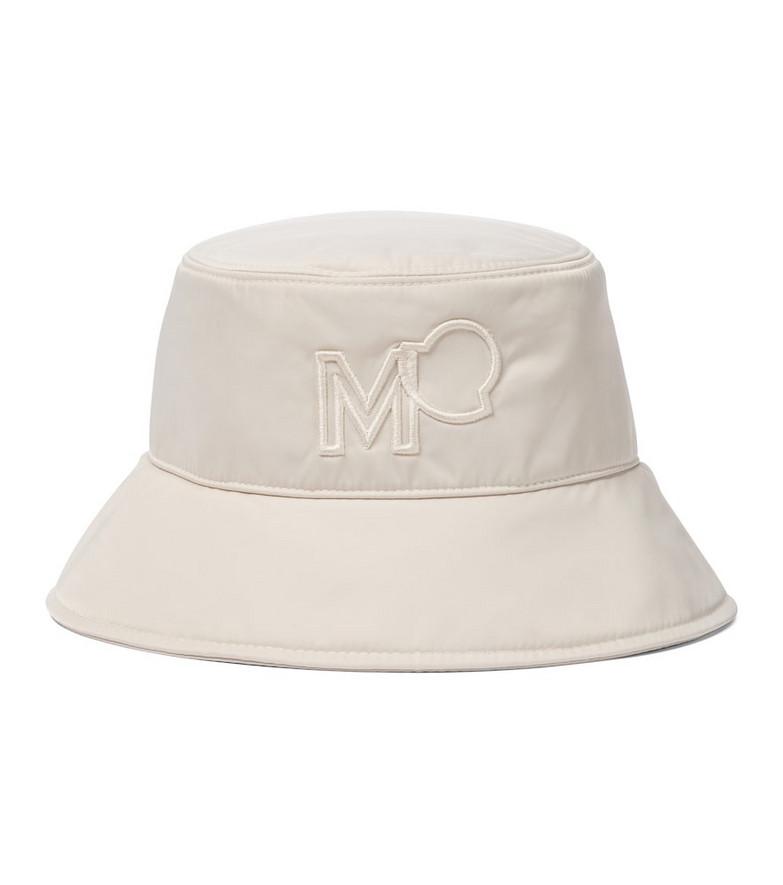 Moncler Logo gabardine bucket hat in beige
