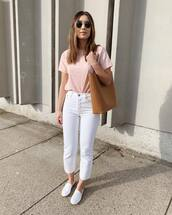 jeans,white jeans,cropped jeans,skinny jeans,loafers,brown bag,pink top