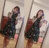 dress,floral,black,long sleeves