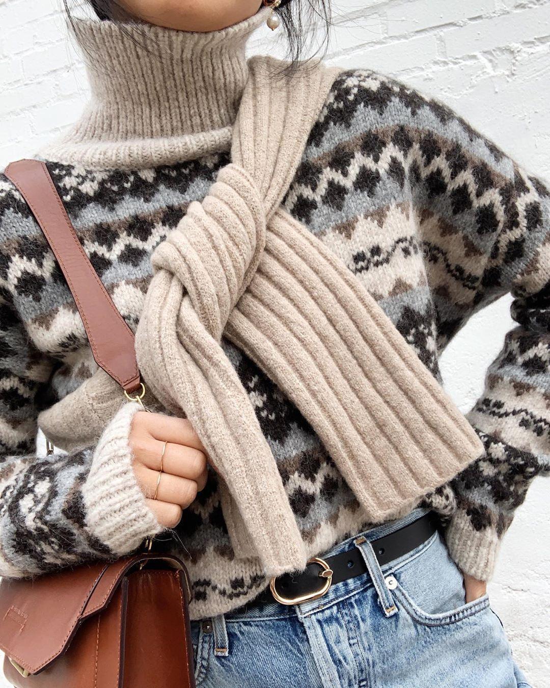 sweater belt jeans