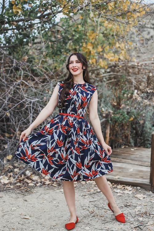 southerncaliforniabelle blogger dress shoes belt make-up printed dress