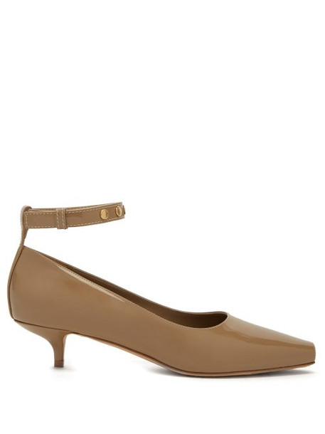 Burberry - Dill Patent Leather Kitten Heels - Womens - Beige