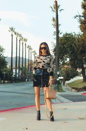 my white t,blogger,sweater,skirt,shoes,bag,sunglasses,zipped skirt,ankle boots,givenchy bag