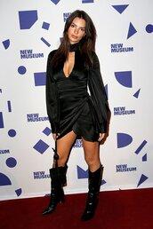 dress,black dress,emily ratajkowski,model off-duty,little black dress,boots