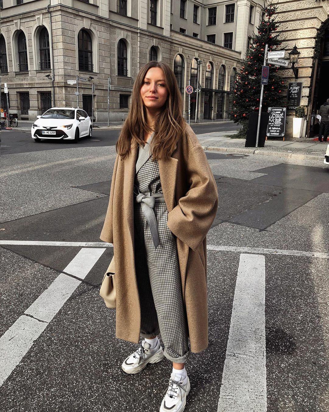 jumpsuit long sleeves long coat oversized sneakers bag