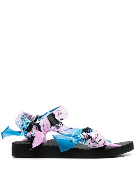 Arizona Love bandana-print sandals in purple