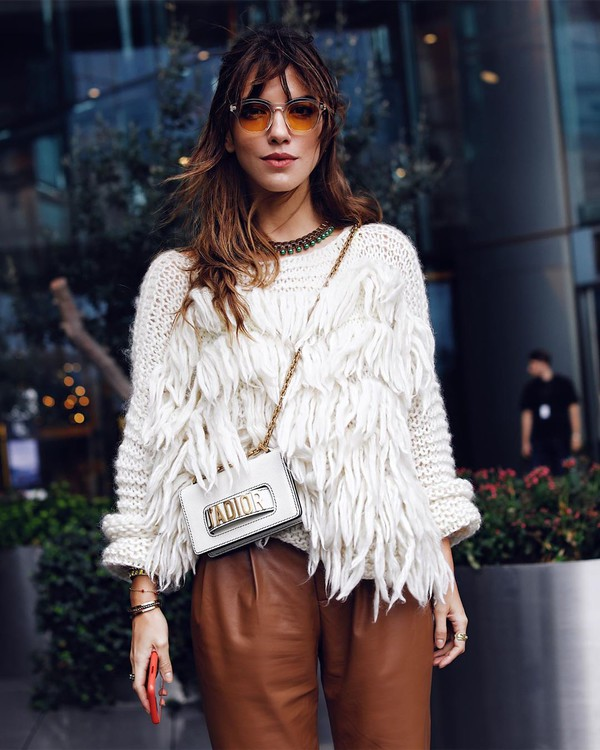 sweater white sweater high waisted pants pleated white bag