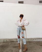 top,white shirt,ripped jeans,suede boots,beret