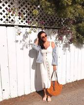 dress,midi dress,white dress,sleeveless dress,slide shoes,shoulder bag,denim jacket