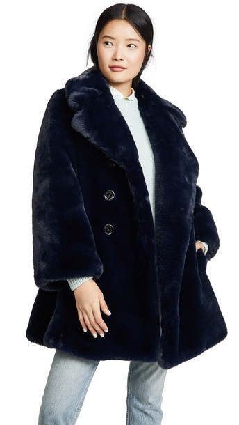 Marc Jacobs Sofia Loves The Peacoat in navy