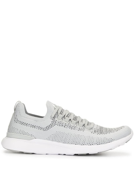 APL: ATHLETIC PROPULSION LABS low-top lace-up trainers in grey