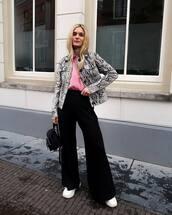 jacket,leather jacket,snake print,grey jacket,black pants,wide-leg pants,high waisted pants,white sneakers,black bag,pink top