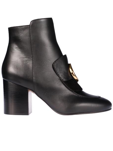 Chloé Chloé Plaque Detail Ankle Boots in black