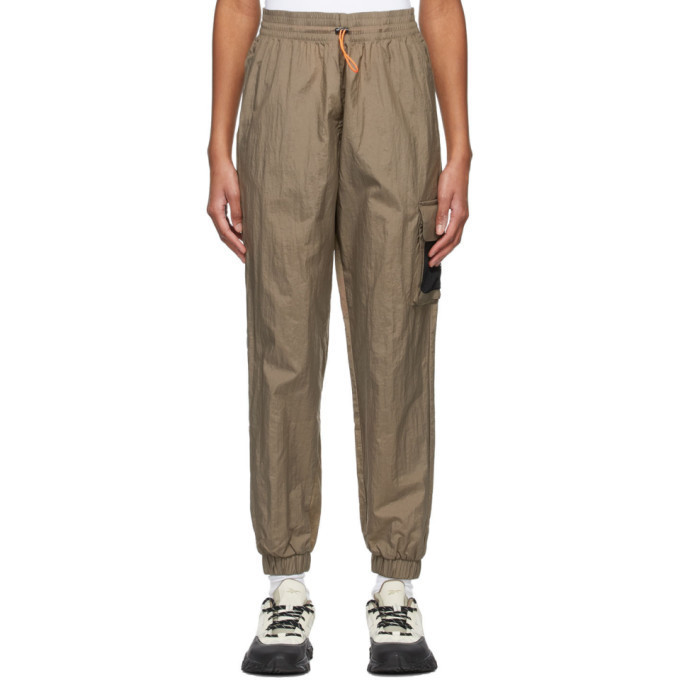Reebok Classics Khaki Woven MYT Lounge Pants in grey
