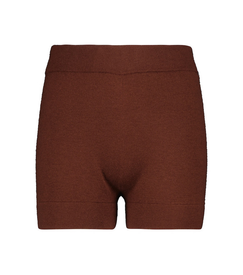 extreme cashmere N° 179 Very stretch-cashmere shorts in brown