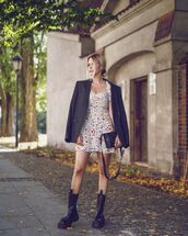 jacket,black blazer,black boots,mini dress,short sleeve dress,black bag