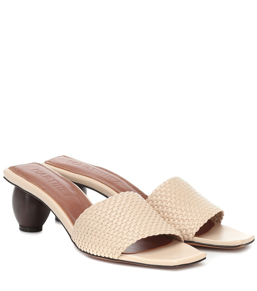 Souliers Martinez Exclusive to Mytheresa – Celia leather sandals in beige