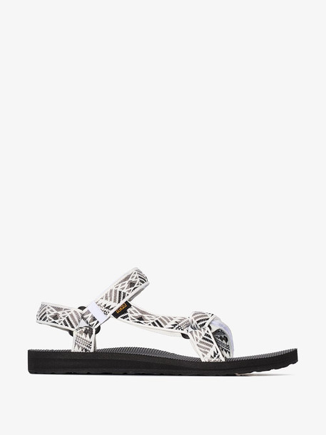black, white and grey Original Universal Boomerang sandals