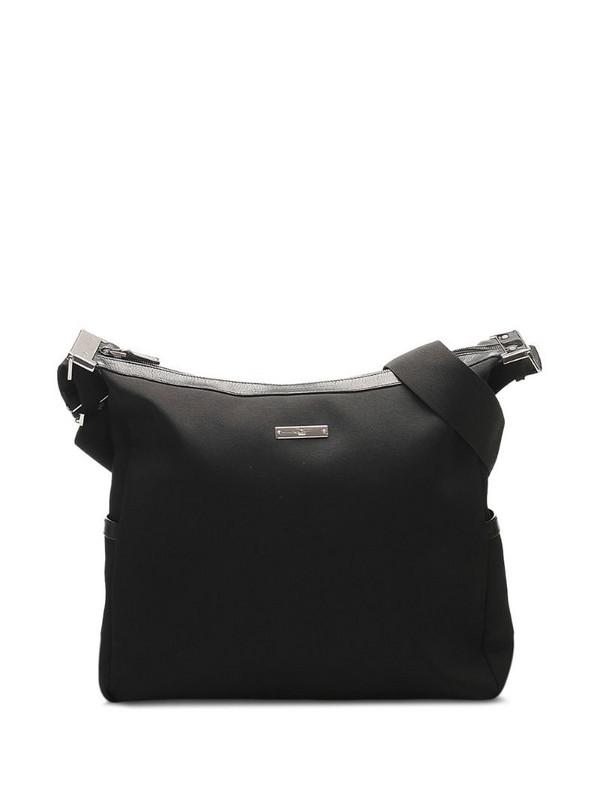 Gucci Pre-Owned logo plaque crossbody bag in black