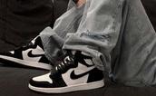 shoes,black,white,black and white,jordan's,nike