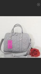 bag,grey betsey johnson satchel