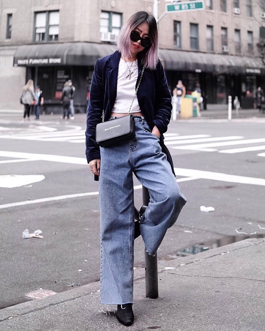jeans wide-leg pants cropped jeans high waisted jeans black boots blazer velvet white top crop tops black bag