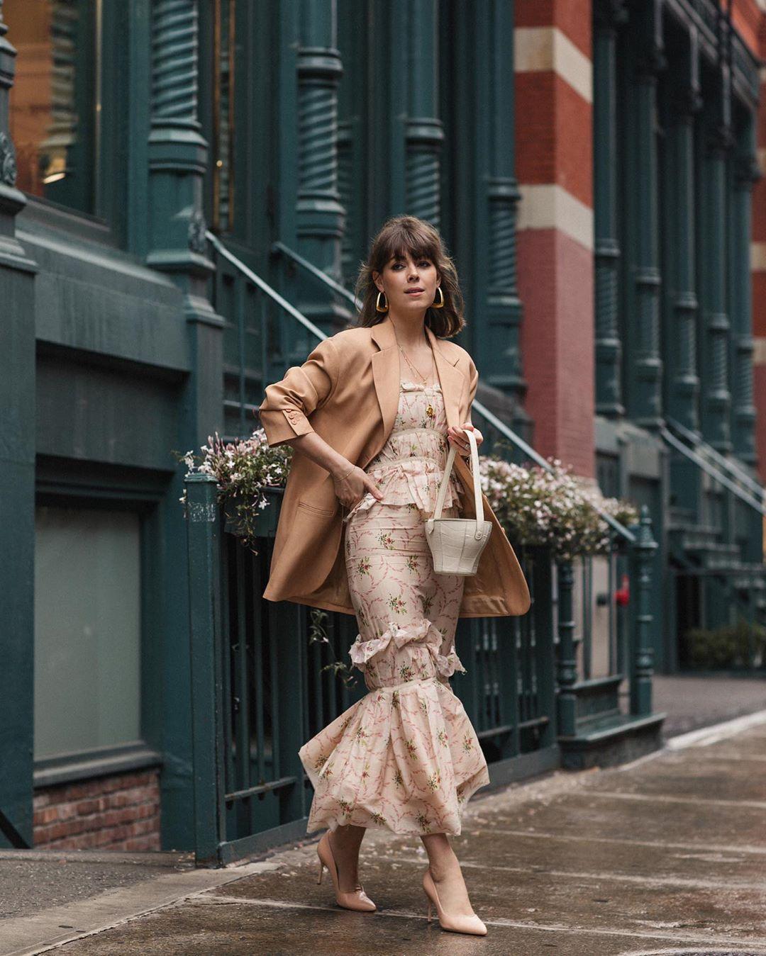 jacket blazer oversized maxi dress floral dress ruffle pumps bucket bag