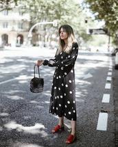 shoes,sandal heels,midi dress,black dress,polka dots,black bag