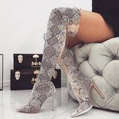 shoes,grey shoes