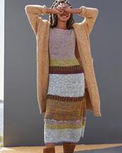 dress,sweater
