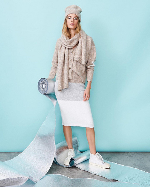 shoes scarf hat skirt