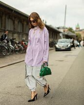 top,striped shirt,oversized,mules,cargo pants,green bag