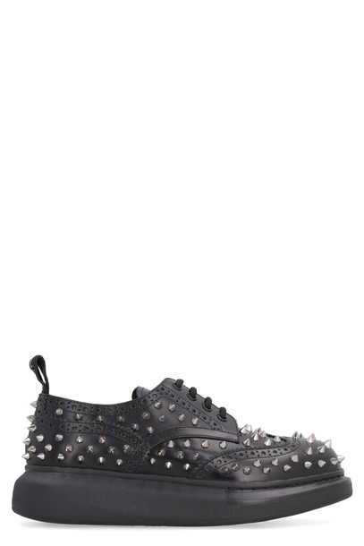 Alexander McQueen Studded Leather Lace-up Brogues in black