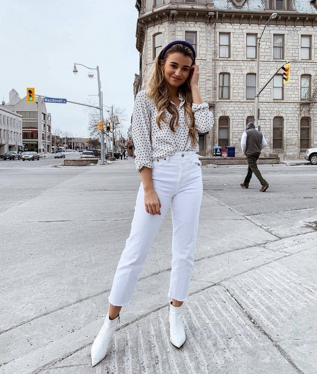 jeans white jeans high waisted jeans cropped jeans levi's ankle boots white boots white shirt polka dots
