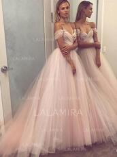 dress,off the shoulder,prom dress,wedding dress,tulle dress,sweetheart neckline,a line dress