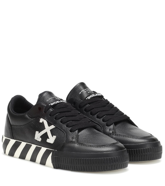 Off-White Arrow Low leather sneakers in black