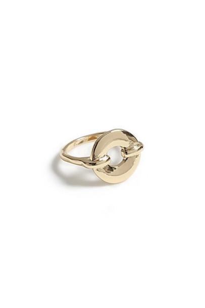 Topshop *Round Circle Hole Ring - Gold