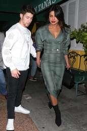 jacket,midi skirt,priyanka chopra,celebrity,two-piece
