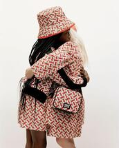 coat,bag