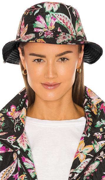 Isabel Marant Haley Reversible Hat in Black