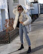 jacket,puffer jacket,white jacket,ankle boots,black boots,cropped jeans,high waisted jeans,cropped turtleneck,turtleneck sweater,crossbody bag