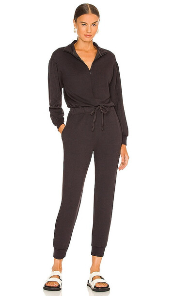 MONROW Supersoft Fleece Shirred Sleeve Jumpsuit in Charcoal in black