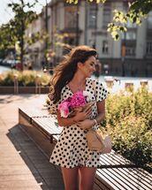 romper,white romper,polka dots,short sleeve,bag,summer outfits
