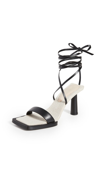 Jacquemus Les Carre Rond Sandals in black
