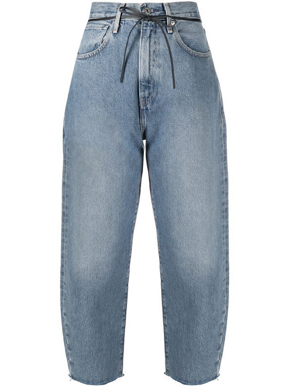 Levi's: Made & Crafted Barrel cropped jeans in blue